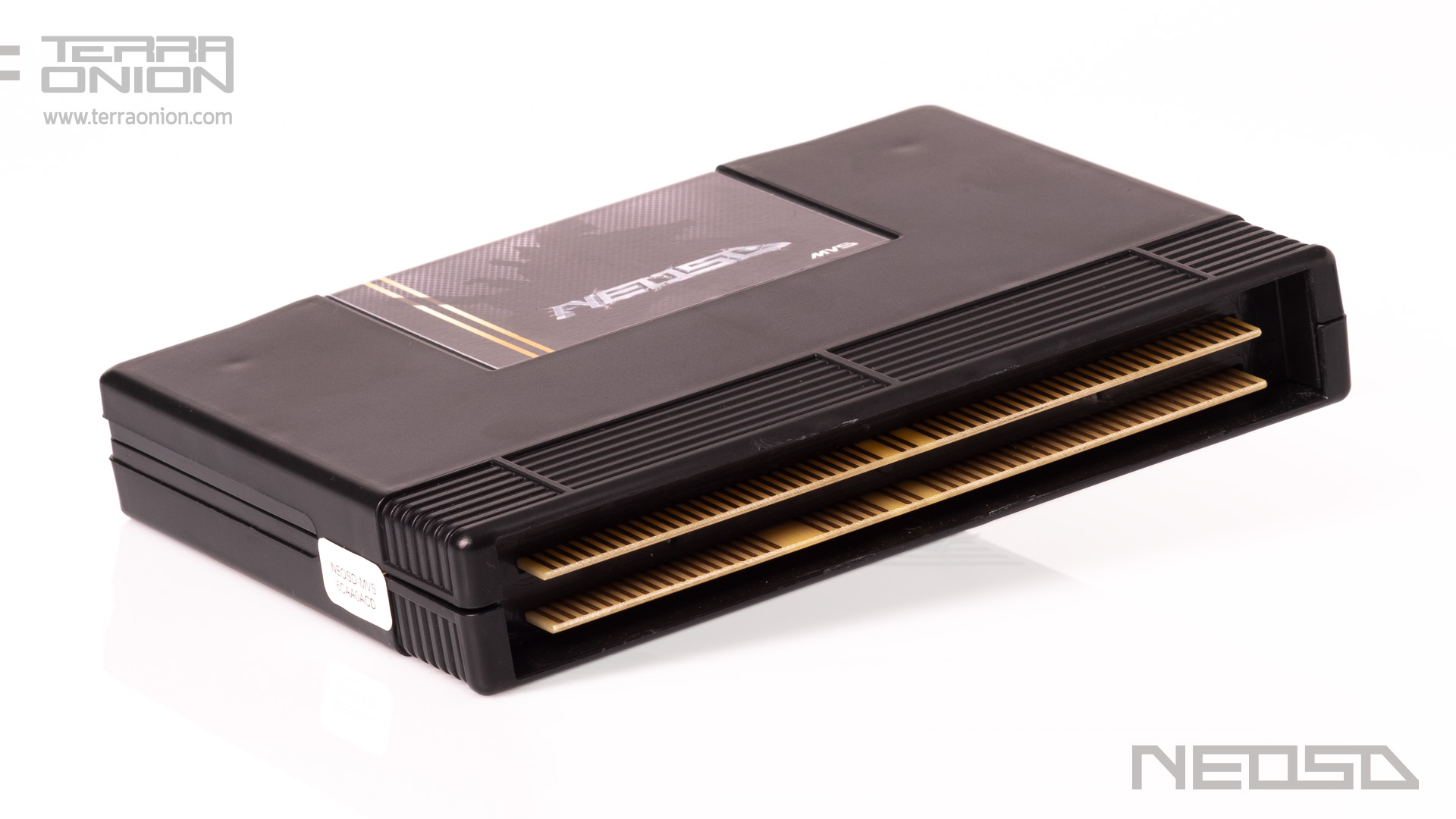 <b>The first flash cartridge</b> for Neo Geo MVS
